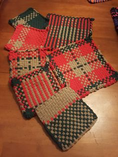 Potholder Loom, Potholder Patterns, Loom Patterns, Spinning Yarn, Weaving Projects, Loom Weaving, Hot Pads, My Princess, Loom Knitting