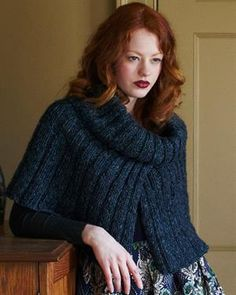 Debbie Bliss Boheme Ribbed Capelet Kit - Scarf and Shawls