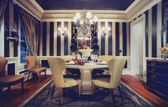 glass dining room tables and chairs most comfortable dining room chairs informal dining room ideas #DiningRoom