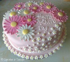 Cupcakes & Teacups: Mother's Day - Cupcakee Ideen Mothers Day Cakes Designs, Mothers Day Cupcakes, Pretty Cakes, Beautiful Cakes, Amazing Cakes, Fondant Cakes, Cupcake Cakes, Daisy Cakes, Spring Cake