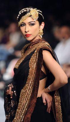 karachiite:  Pakistani Singer/Model Meesha Shafi for Designer HSY