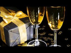 Merry Christmas & Happy New Year ! Merry Christmas And Happy New Year, Gold Christmas, All Things Christmas, Christmas Time, Happy New Year Animation, Jesus Birthday, Christmas Animals, New Years Eve, Belle Photo