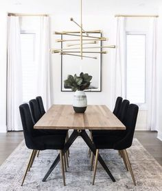 neutral dining room design, modern dining room design with modern gold chandelier and black upholstered dining room chairs and mid century modern dining room table Interior Design Living Room, Living Room Decor, Design Interiors, Decor Room, Room Art, Small Dining, Dining Set, Large Dining Room Table, Black Dining Room Chairs