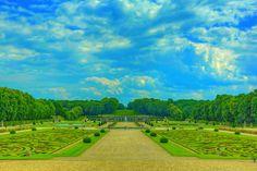 https://flic.kr/p/HWK3BG | Chateau de Vvaux-le Vicomte 050 | The Château de Vaux-le-Vicomte is a baroque French château located in Maincy, near Melun, 55 kilometres (34 mi) southeast of Paris in the Seine-et-Marne département of France.  Constructed from 1658 to 1661 for Nicolas Fouquet, Marquis de Belle Île, Viscount of Melun and Vaux, the superintendent of finances of Louis XIV, the château was an influential work of architecture in mid-17th-century Europe. At Vaux-le-Vicomte, the…