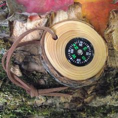 Pocket Compass In Wood - Handmade Reclaimed Pine Wood Tree Branch - Pocket…