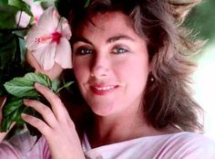 Laura Branigan  Laura was a very famous singer who will always be remembered for her hit singles, Self Control and the immortal Gloria. Laura also contributed to the Ghostbusters and Flashdance soundtracks. She was born in 1957 and died in 2004 at the age of 47.