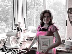 Grateful and Happy at my new Kitchen and excited about all Lissy Postres 2013 projects to achieve & Feliz en mi nueva cocina y emocionada por los proyectos por cumplir en este 2013 !
