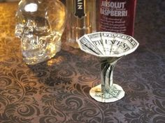 ▶ Dollar Origami: Martini Glass - YouTube