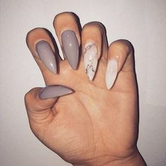Image de nails, marble, and beauty