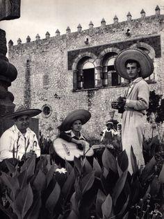 """Antiguo México, Somos como Tú: Una Mirada #Extranjera  Imagen: »""""Mexique : magie Maya"""" de Hélène Hoppenot, La Guilde du livre, Lausanne, 1954.«"""