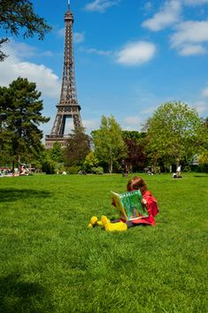 Exploring Paris through children's books © Céline Clanet  © Céline Clanet