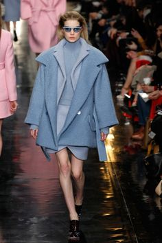 Trend: Coat, Carven. #fashion #coat #Carven layered oversize coats