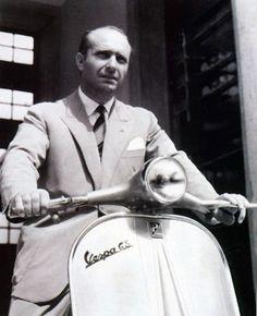 Vespa 1950. Driver Fangio