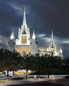 San Diego Temple, was blessed to be able to go here as well...a beautiful sight to behold when driving on the highway at night