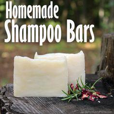 Rosemary Mint Shampoo Bars (Crock Pot or Cold Process Method) Homemade Hot Process Shampoo Bar Recipe (Crock Pot Method) Mint Shampoo, Shampoo Bar, Natural Shampoo, Solid Shampoo, Natural Soaps, Diy Beauté, Homemade Shampoo, Homemade Conditioner, Homemade Facials