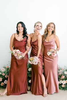 Silk Bridesmaid Dresses, Fall Wedding Bridesmaids, Satin Dresses, Wedding Attire, Wedding Gowns, Rose Wedding, Beige Wedding, Bridesmaid Bouquet, Spring Wedding