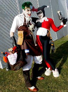 Joker & Pregnant Harley Quinn cosplay!