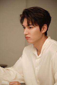 Korean Male Actors, Handsome Korean Actors, Asian Actors, Lee Min Ho Abs, Lee Min Ho Smile, Foto Lee Min Ho, Choi Min Ho, Lee Jong Suk, Lee Dong Wook