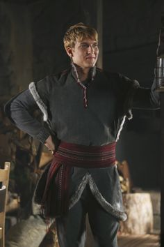 Once Upon A Time Family Business promo stills Scott Michael Foster, Ouat Characters, Dark Swan, Abc Tv Shows, Emilie De Ravin, Last Rites, Enter The Dragon, Disney Images, Captain Swan