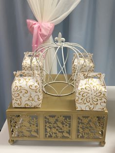 Party favor Box white and Gold