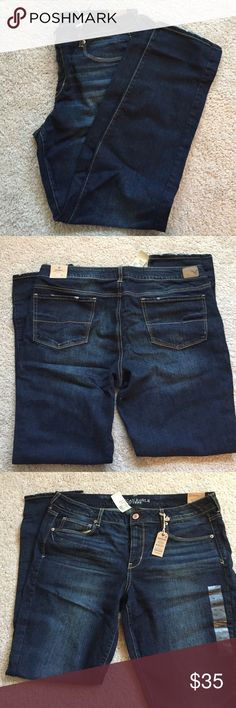 NWT American Eagle Jeans size 18 tall NWT American Eagle Jeans size 18 tall. Skinny jeans in forever dark wash. Pet free/smoke free home American Eagle Outfitters Jeans Skinny