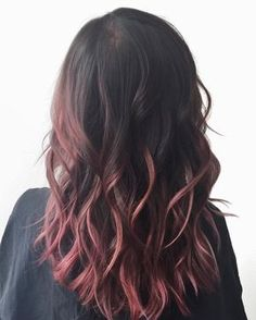 Hair Color And Cut, Cool Hair Color, Cabelo Rose Gold, Pink Ombre Hair, Pink Hair Tips, Dye My Hair, Hair Highlights, Pretty Hairstyles, Messy Hairstyles