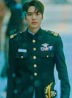 Lee Min Ho Images, Lee Min Ho Photos, Jung So Min, Korean Celebrities, Korean Actors, Legend Of The Blue Sea Kdrama, Lee Minh Ho, Good Looking Actors, Kim Go Eun