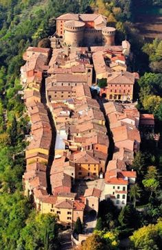 If you know a little Italian, you may want to visit the beautiful country of Italy on your own. Try one of the guided tours of Italy offered by many services. The Beautiful Country, Beautiful Places, Emilia Romagna, Italy Travel Tips, Italy Tours, World Cities, Visit Italy, Toscana, Aerial View