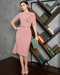 The second one, pink dress, high collar, with chiffon ruffled 🌸💓💓💓 . Fashion Wear, Modest Fashion, Fashion Dresses, Pretty Dresses, Beautiful Dresses, Corporate Fashion, Business Casual Attire, Short Dresses, Formal Dresses