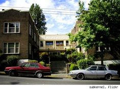 """Coryell Court.  The apartment building from the movie """"Singles"""""""