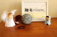 Resurrection scene like a nativity scene!  Great idea!
