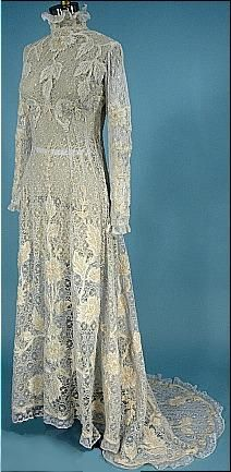 Edwardian Dress - c. 1908 All Lace Princess Trained Gown with Wool Inserts!