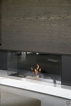 luxe inrichting, atelier lievois, the art of living Home Fireplace, Fireplace Remodel, Living Room With Fireplace, Fireplace Design, Condo Interior, Interior Exterior, Home Interior Design, Built In Around Fireplace, Living Room Lounge