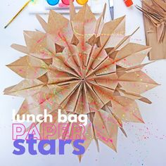 How to Make Paper Stars From Lunch Bags - Origami Kids Crafts, Diy And Crafts, Arts And Crafts, Holiday Crafts, Christmas Crafts, Holiday Decorations, Origami Christmas Ornament, Origami Ornaments, Xmas