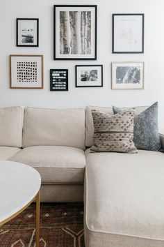 Tour a Calming Chicago Townhouse With the Roof Deck of Our Dreams # calming … - living room furniture sectional Ikea Living Room, Living Room Furniture, Living Spaces, Living Rooms, Carnegie Hall, Ikea Sectional, Couch, Chicago, Cheap Home Decor