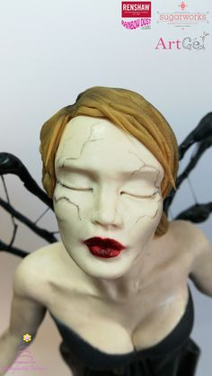 Face sugar modelling sculpture