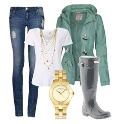 Rainy day outfit - love the mint coat! Medium wash skinny destroyed jeans, white tee, loads of gold necklaces & green anorak jacket with j crew rain boots Fashion Moda, Look Fashion, Fashion Outfits, Womens Fashion, Rain Fashion, Fall Winter Outfits, Summer Outfits, Cute Outfits, Spring Summer Fashion