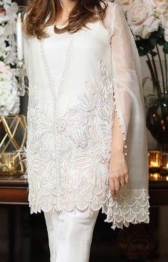 Pakistani Fashion Party Wear, Pakistani Wedding Outfits, Fancy Dress Design, Stylish Dress Designs, Simple Pakistani Dresses, Pakistani Dress Design, Indian Designer Outfits, Designer Dresses, White Dress Outfit
