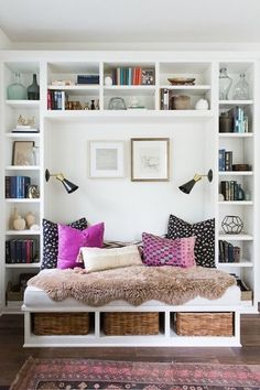 Layered Textures - The Reading Nooks You Need To Mimic  - Photos