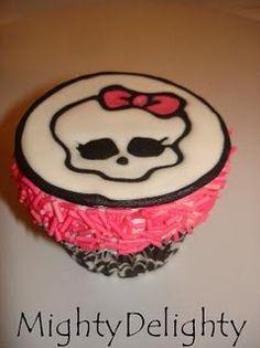 Monster High Skullette Cupcake