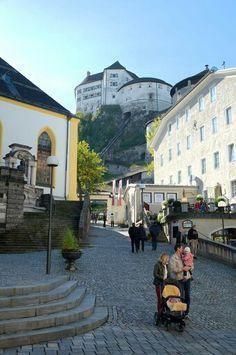 Kufstein Castle, Austria Tirol Austria, Vienna Austria, Blues Traveler, Travel The World Quotes, Heart Of Europe, Central Europe, Round Trip, Switzerland, Places To Go