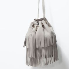 Designer Clothes, Shoes & Bags for Women Daily Fashion, Girl Fashion, Cowboy Girl, Hippie Bags, Zara Bags, Zara New, Fringe Bags, Leather Art, Cool Backpacks