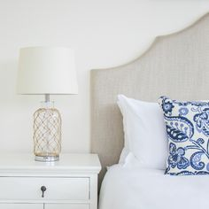 Create A Hampton's Style Home As Seen On TV Series Revenge . Guest Bedroom Ideas Iproperty Com Sg. One Room Challenge Classic Blue And White Guest Bedroom . Home and Family Die Hamptons, Hamptons House, Coastal Style, Coastal Decor, Nantucket Style, Coastal Entryway, Coastal Lighting, Modern Coastal, Home Design