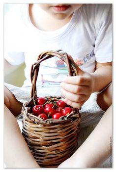 cherry basket Dessert Recipes, Desserts, Wicker Baskets, Cherry, Decor, Canning, Tailgate Desserts, Dessert, Postres