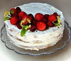 Tres Leches Cake, Cheesecake Recipes, Cake Decorating, Birthday Cake, Naked, Food, Mexican Desserts, Kitchen, Ideas