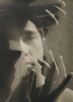 WISKOVSKY, Eugen Portret/Portrait, 1928 11 X 8 inches Gelatin silver print; History Of Photography, White Photography, Fine Art Photography, Portrait Photography, Amazing Photography, The Dark Side, Berenice Abbott, Foto Art, Double Exposure
