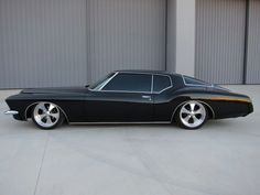 GANGSTER BUICK RIVIERA