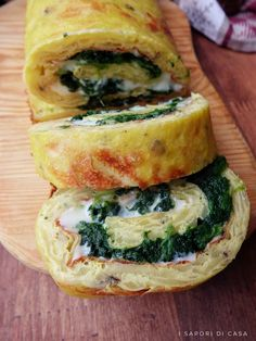 Rotolo di patate e spinaci Real Food Recipes, Vegetarian Recipes, Spinach And Cheese, Fake Food, Antipasto, Street Food, Finger Foods, Food To Make, Food Porn