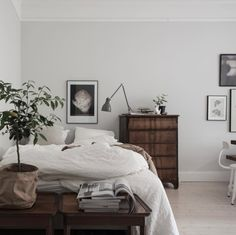 my scandinavian home: Traditional meets new Nordic in a beautiful Swedish home Home Bedroom, Bedroom Decor, Design Bedroom, Bedrooms, Small Bedroom Interior, Bedroom Ideas, Bedroom Small, Trendy Bedroom, Bedroom Inspo