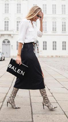 New skirt pencil street style winter 37 Ideas Fashion Mode, Fashion Week, Love Fashion, Trendy Fashion, Winter Fashion, Fashion Looks, Style Fashion, Simple Street Style, Looks Street Style